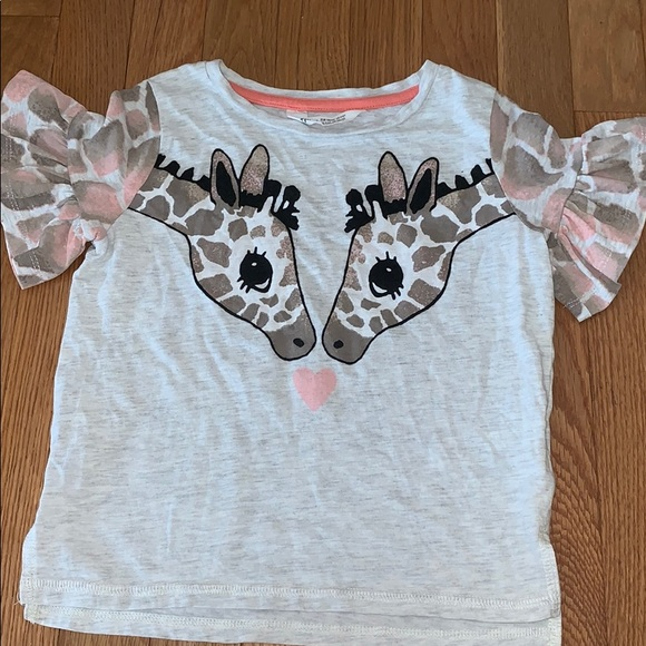 H&M Other - H & M 4-6Y T Girls T Shirt